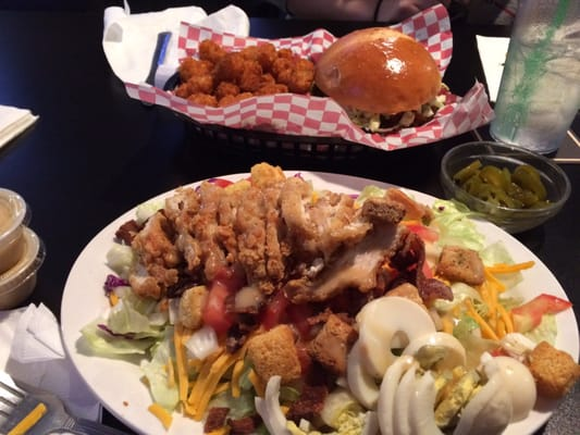 GRIDIRON Sports Bar and Grill