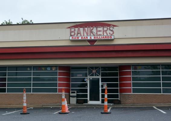 Bankers Raw Bar & Billiards