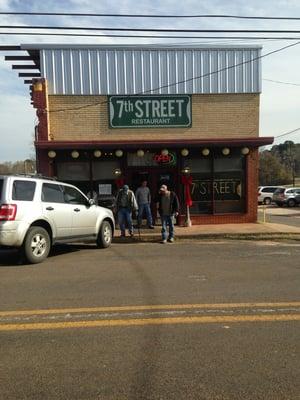 7th Street Restaurant