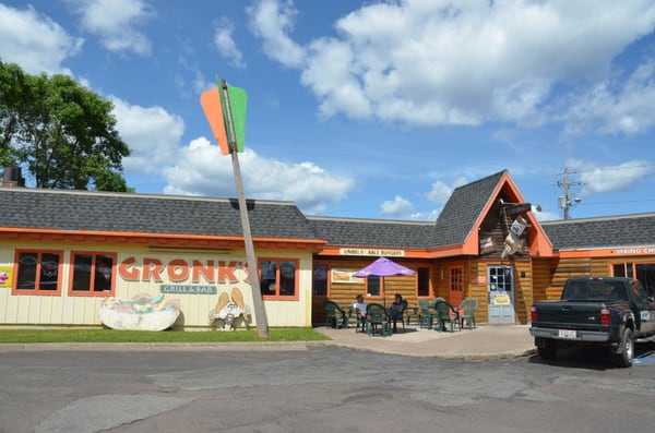 Gronk's Grill & Bar