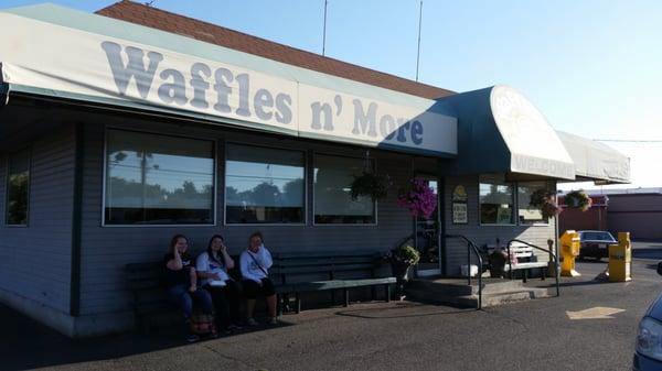 Waffles N More