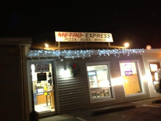 Metro Express Pizza