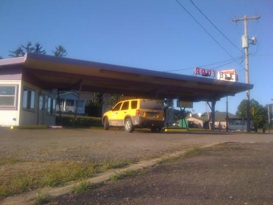 Coney Hut Drive Inn