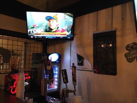JJ's Bar & Grill