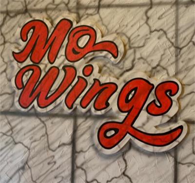 Mo Wings